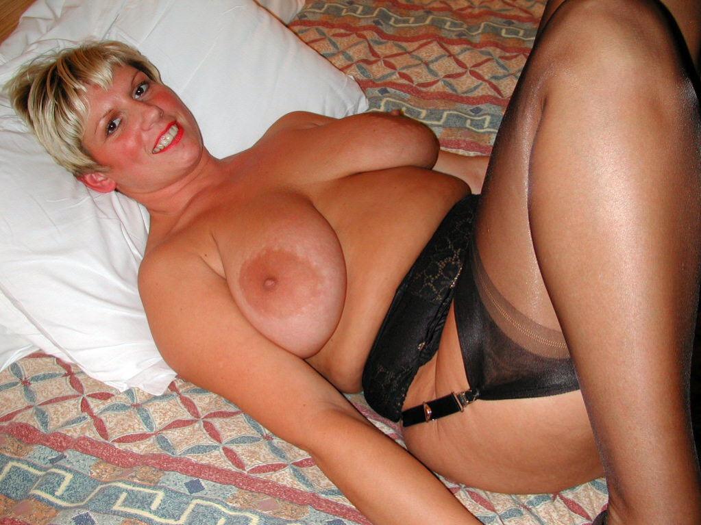 blonde BBWMILF